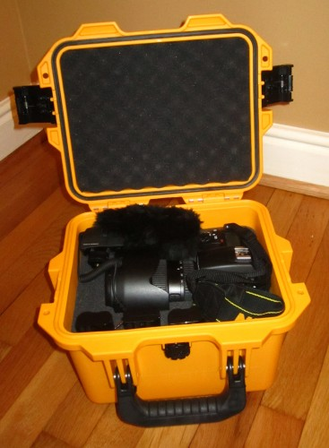 Pelican Storm iM2075 - Camera and accessories